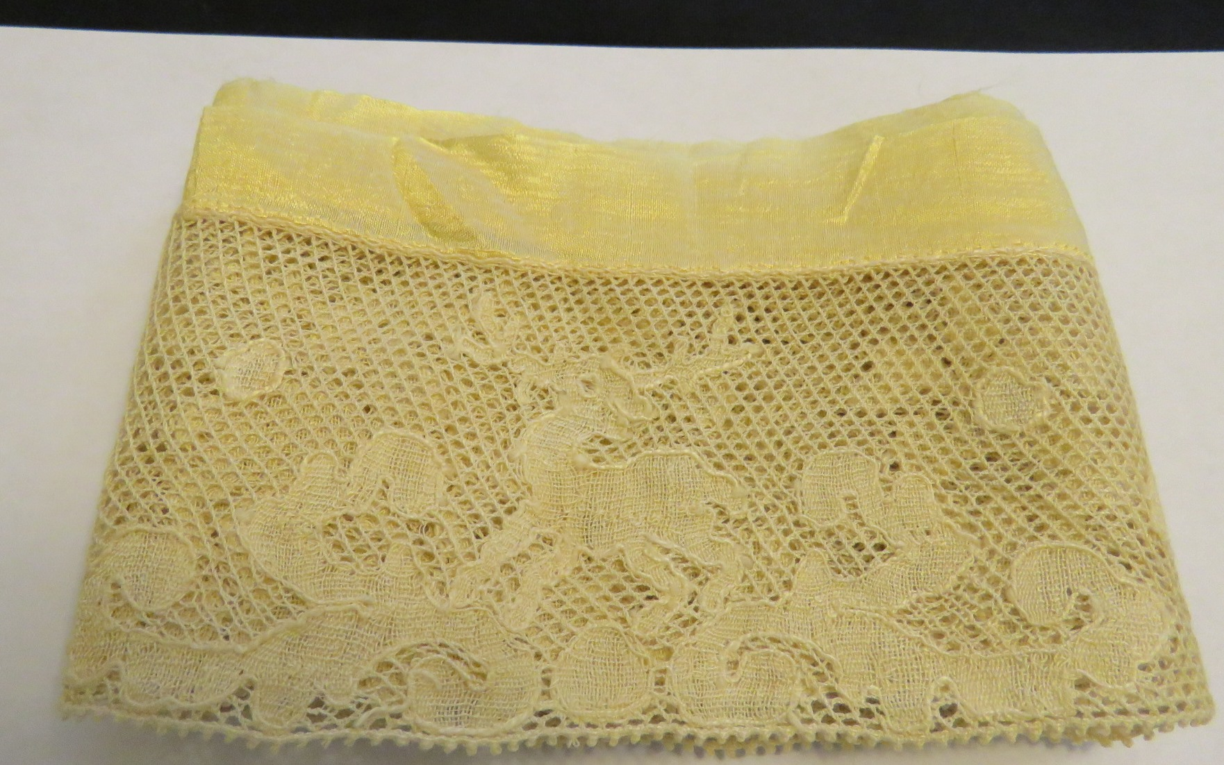 Antique Figural Stag Lace Trim Point de Paris Bobbin Lace (LAC-324) in Lace